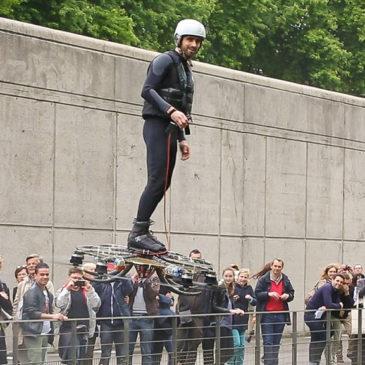 У Франції випробували дрон-ховерборд