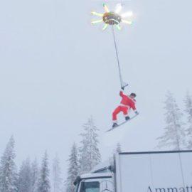 Відомий відеоблогер покатався на сноуборді за допомогою дрону