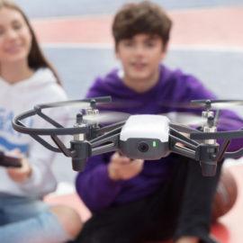 DJI з партнерами анонсували іграшковий дрон Tello